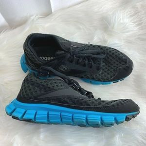 Reebok Womens Sz 6 Black Blue Shoes Sneakers Real